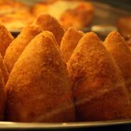 GOURMET: L'arancino di riso alla messinese, quello con la punta